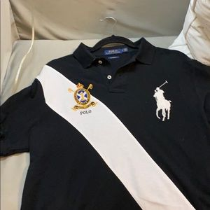 Men Polo shirt with big white pony